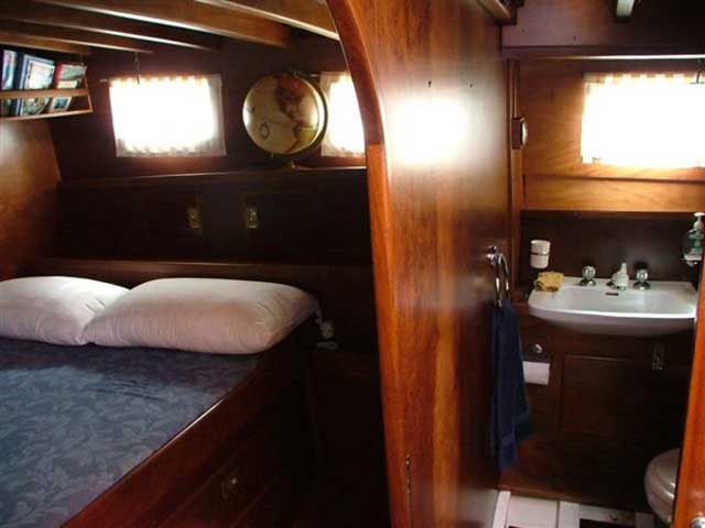 Sailing in sardegna noleggio velieri e caicchi con for Noleggio cabina invernale